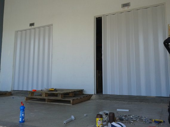 Portas Sanfonadas de PVC